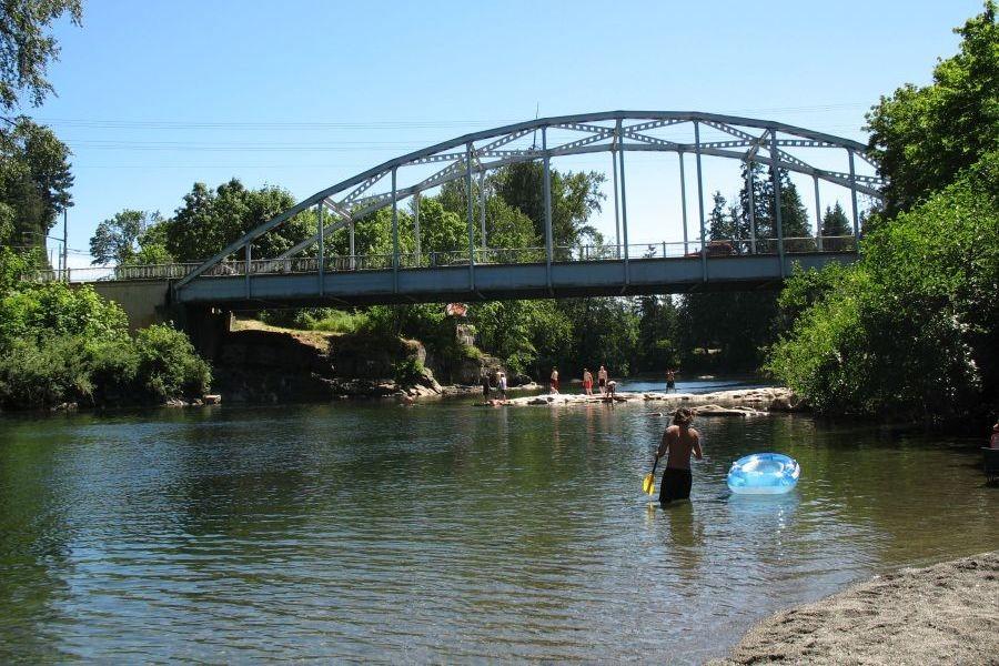 nanaimo-river-cedar-rd-bridge02-900x600